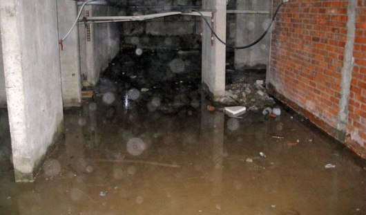 Кто должен откачивать воду из подвалов домов Ижевска?