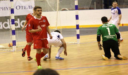 Глазовские футболисты проиграли на выезде со счетом 0:4