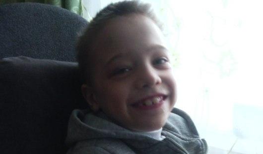 Нужна помощь: 8-летнему Антону нужна инвалидная коляска