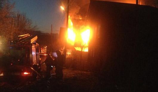 В Ижевске сгорел деревянный дом