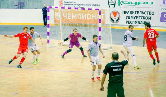 Футболисты Глазова по итогам сезона заняли четырнадцатое место