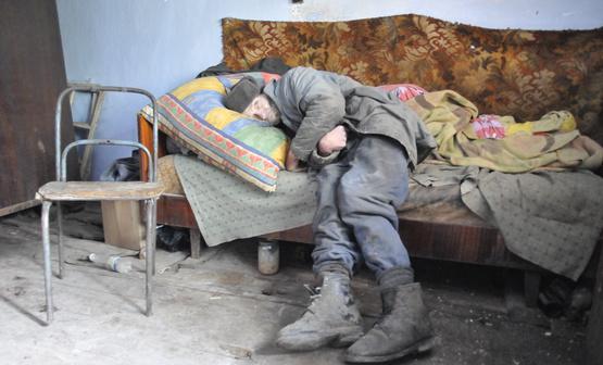 Картинки по запросу бедность в россии картинки