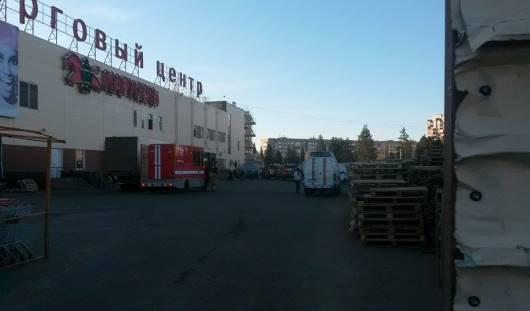 В Ижевске в ТРК «Столица» эвакуировали посетителей