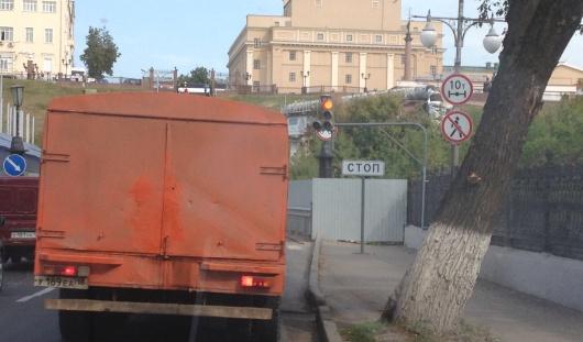 Светофор на перекрестке улиц Дерябина и Милиционная в Ижевске изменил режим работы