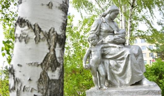 Открытки с фотографиями Ижевска появятся ко Дню города