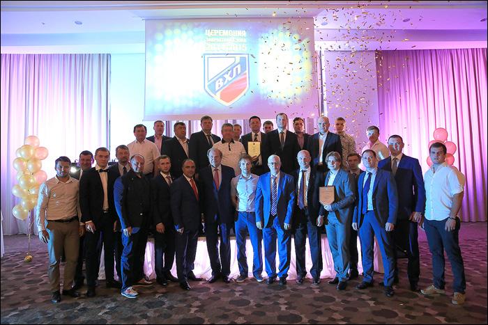 Тимашов, Загитов и Разин стали лучшими по итогам минувшего сезона ВХЛ