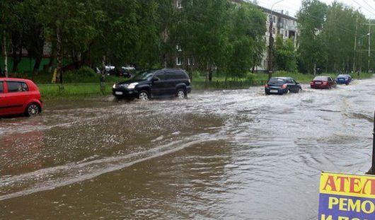 Затопленные улицы и сокращения в Госсовете: о чем говорит Ижевск этим утром