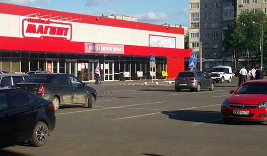 Заминированный магазин и кто создает День города: о чем говорит Ижевск сегодня утром