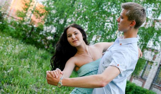 Ижевские выпускники любят танцы и покоряют Париж
