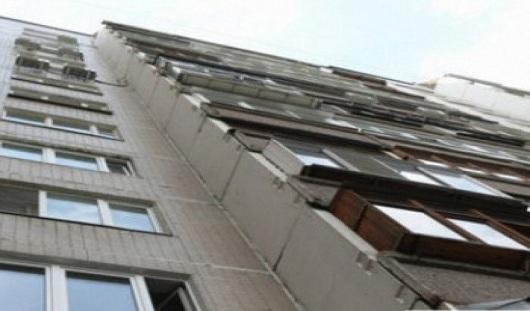 В Ижевске с 10 этажа выбросился молодой человек