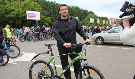 Где и на каких велосипедах катаются известные в Ижевске люди