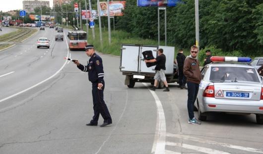 В Ижевске у 9 водителей арестовали авто за коммунальные долги