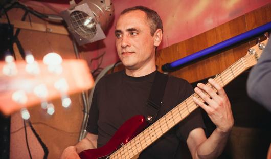 От болезни скончался басист ижевской группы «Трали-Вали»