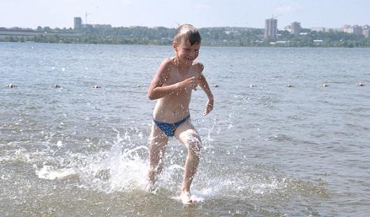 Опасно ли купаться в ижевском пруду?