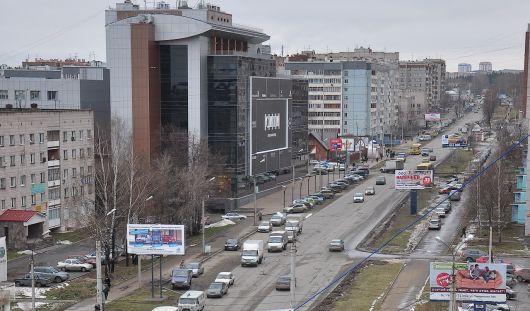 В Ижевске по ночам с 7 июля по 10 августа ограничат движение по улице Холмогорова