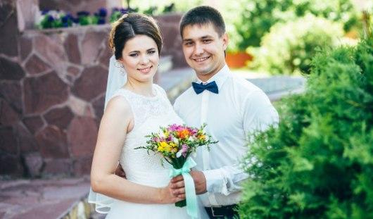 Ижевские молодожены: Первая пригласила его на свидание, а потом и поцеловала