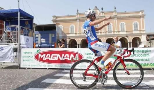 Ижевчанин Арслан Гильмутдинов выиграл «золото» чемпионата мира по паравелоспорту в Швейцарии