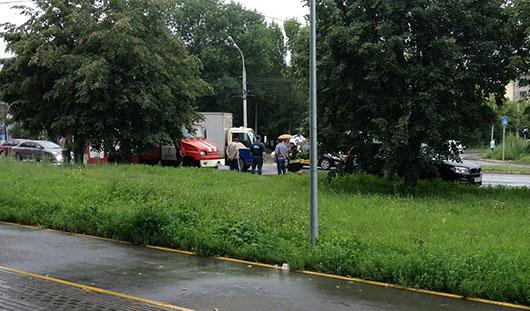 В Ижевске на пешеходном переходе сбили женщину с ребенком