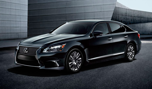 «Воткинский завод» планирует купить Lexus за 6,4 миллиона рублей