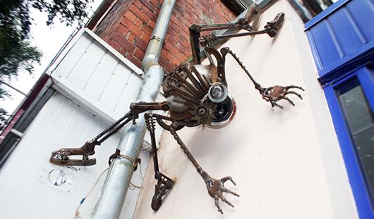 В Ижевске появилась скульптура паука