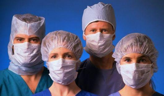 Российские врачи готовы испытать вакцину от лихорадки Эбола на добровольцах