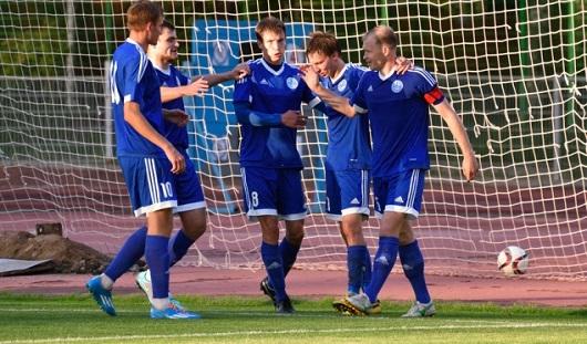 Ижевские футболисты перед матчем с ульяновской «Волгой» отравились в столовой