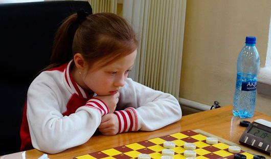 Спортсменка из Удмуртии на молодежном первенстве Европы по международным шашкам выиграла бронзовую медаль