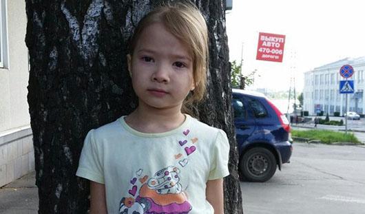 В Ижевске разыскивают родителей 4-летней девочки