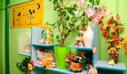 Игрушки, фонарные столбы и мультгерои: самые красивые подъезды Ижевска