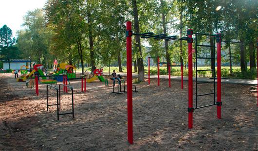В Ижевске в сквере Титова обустроили детскую площадку