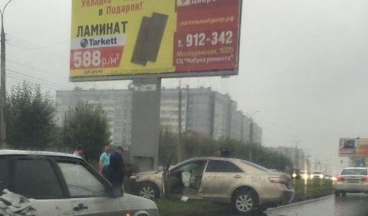Очевидцы ДТП со Светланой Кривилевой в Ижевске: Лицо женщины было в крови