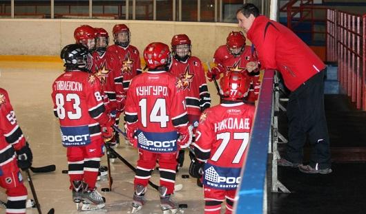 Хоккеисты команды «Ижсталь-2004» взяли «бронзу» на международном турнире в Санкт-Петербурге