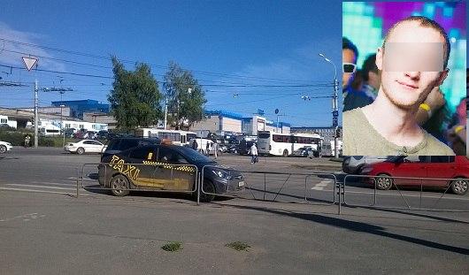 В Ижевске молодой человек, попавший под колеса такси, умер в больнице
