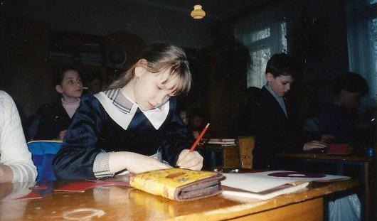 Летающий пирожок и чернила на белой кофте: 7 школьных историй от ижевчан