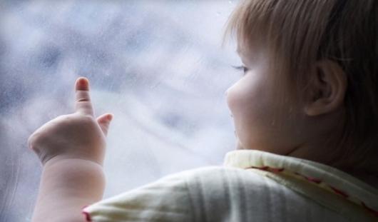В Ижевске полуторагодовалый ребёнок выпал из окна