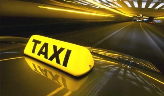В Удмуртии неизвестные пытались зарезать таксиста
