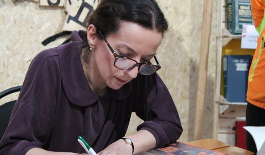 Полина Дашкова в Ижевске: Моим детям я читала все, включая Бианки и Пришвина