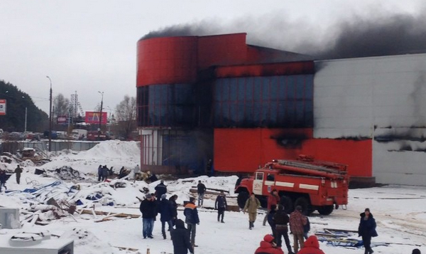 Сварщику, из-за которого загорелся ТЦ «Италмас» в Ижевске, грозит до года тюрьмы