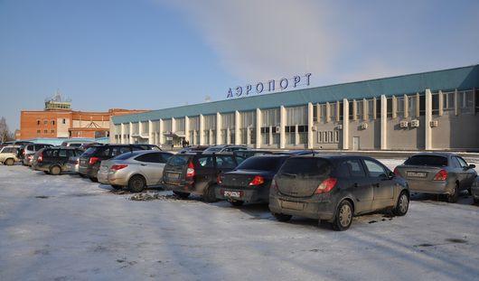 В Ижевском аэропорту появится платная парковка