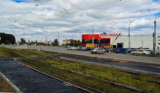 Возле ТЦ Италмас в Ижевске появилась новая остановка