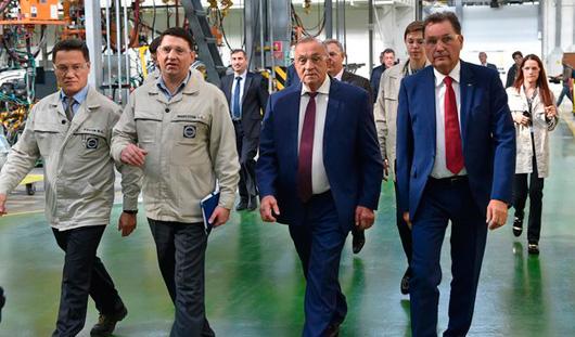Глава Удмуртии и Бу Андерссон проверили подготовку автозавода к запуску Лада Веста