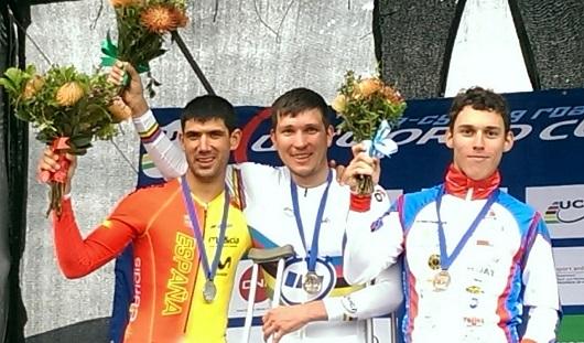 Паравелогонщик из Ижевска выиграл «золото» в индивидуальной гонке в Южной Африке