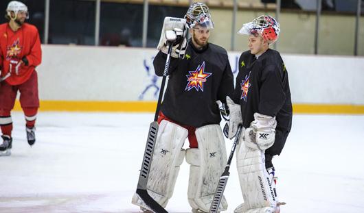 Ижевские хоккеисты начали сезон с трех побед