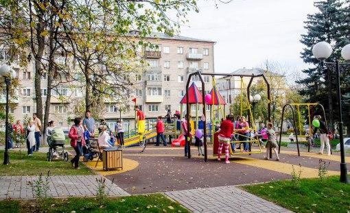 В Ижевске открылась первая игровая площадка для детей-инвалидов