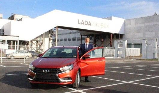 В Ижевске для мэра Тольятти устроили тест-драйв новой Lada Vesta