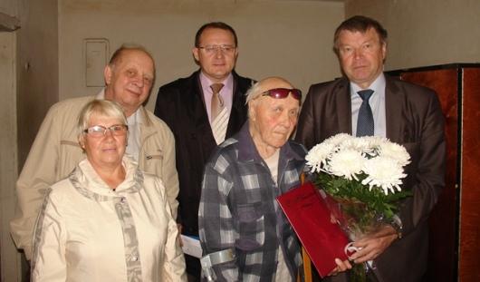 Жителя Удмуртии поздравили со 100-летним юбилеем