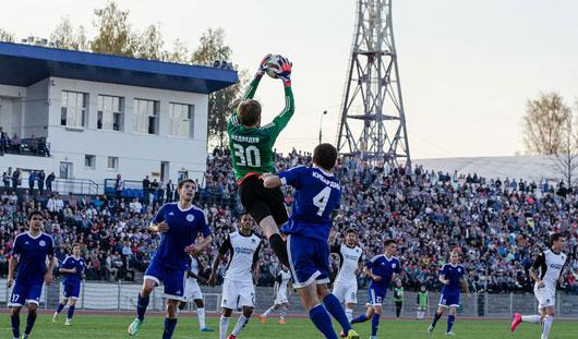 За матчем «Зенит-Ижевск»-«Краснодар» следили 10,5 тысяч болельщиков