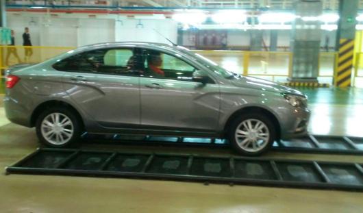 В продажу ижевскую Lada Vesta запустят 25 ноября