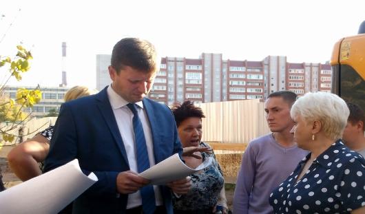 В Ижевске жители Орджоникидзе выступили против ремонтных работ и стройки