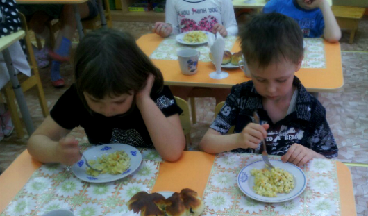 Меню в детских садах Ижевска: чем питаются наши дети?